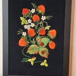 seinapilt maasikad